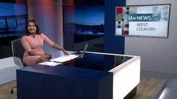 Presenting the late news regional news bulletin for ITV News West Country on 12th December 2016.