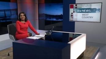 Presenting the late news bulletin on the 6th December 2016.